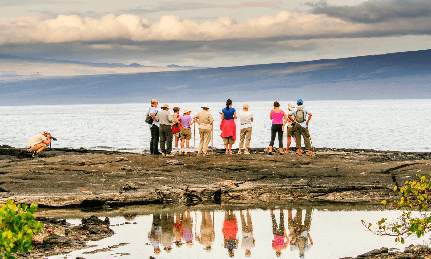 turistas en galapagos